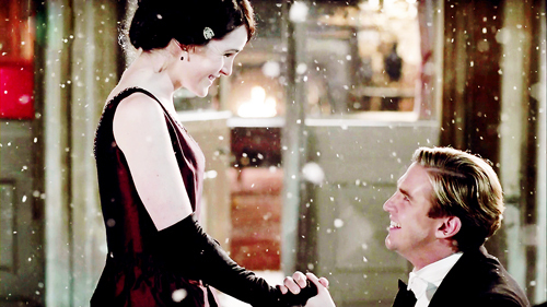 downton-abbey-guess-who-is-getting-a-new-suitor-season-4-spoilers1.jpg